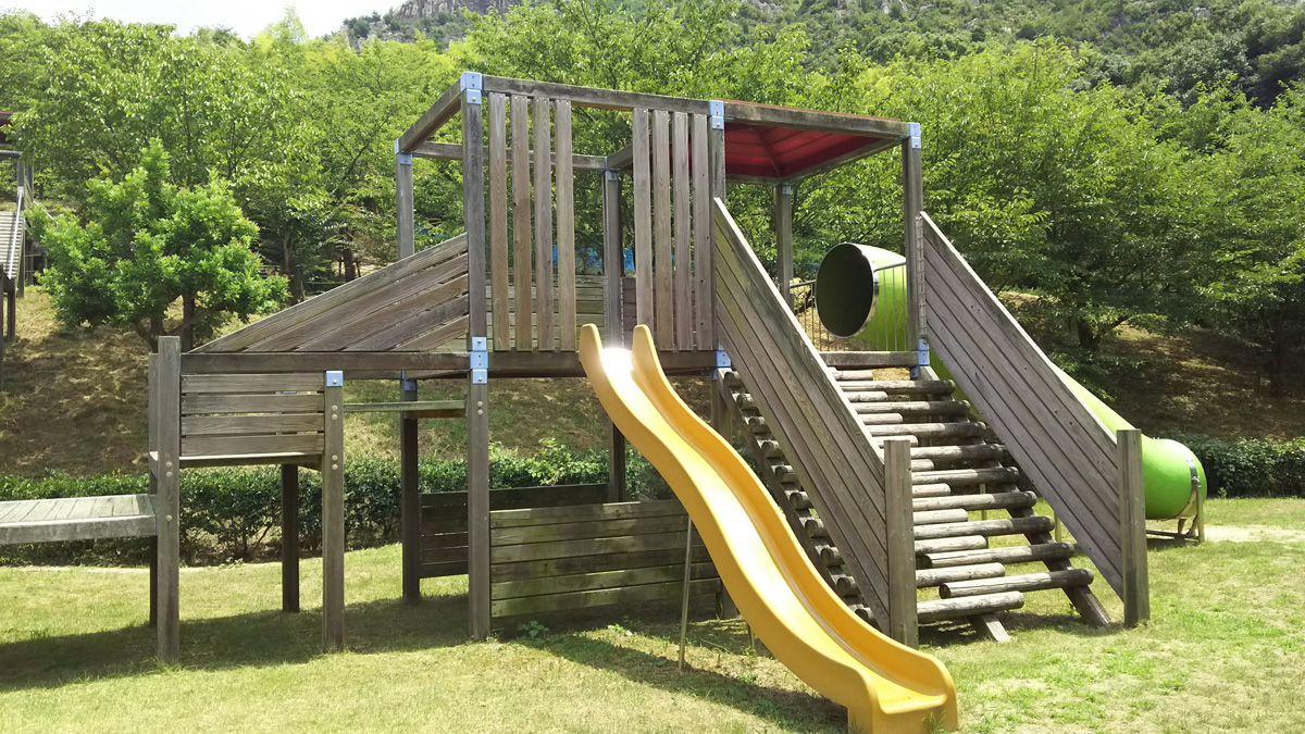 安神山(あんじんさん)わくわくパーク コンビネーション遊具