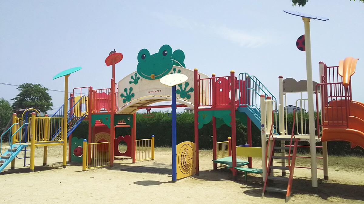 東垣生公園ちびっこ広場のメイン遊具