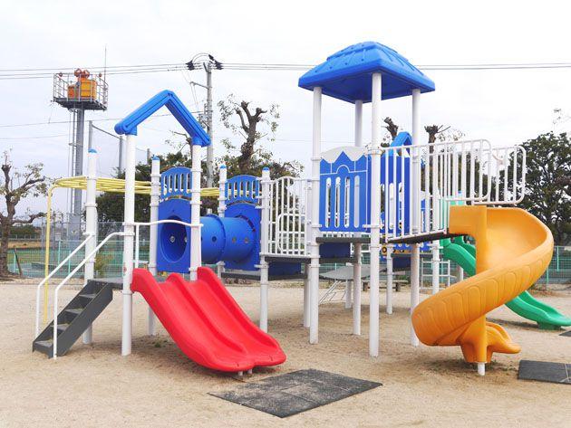 写真:東垣生公園 コンビネーション遊具
