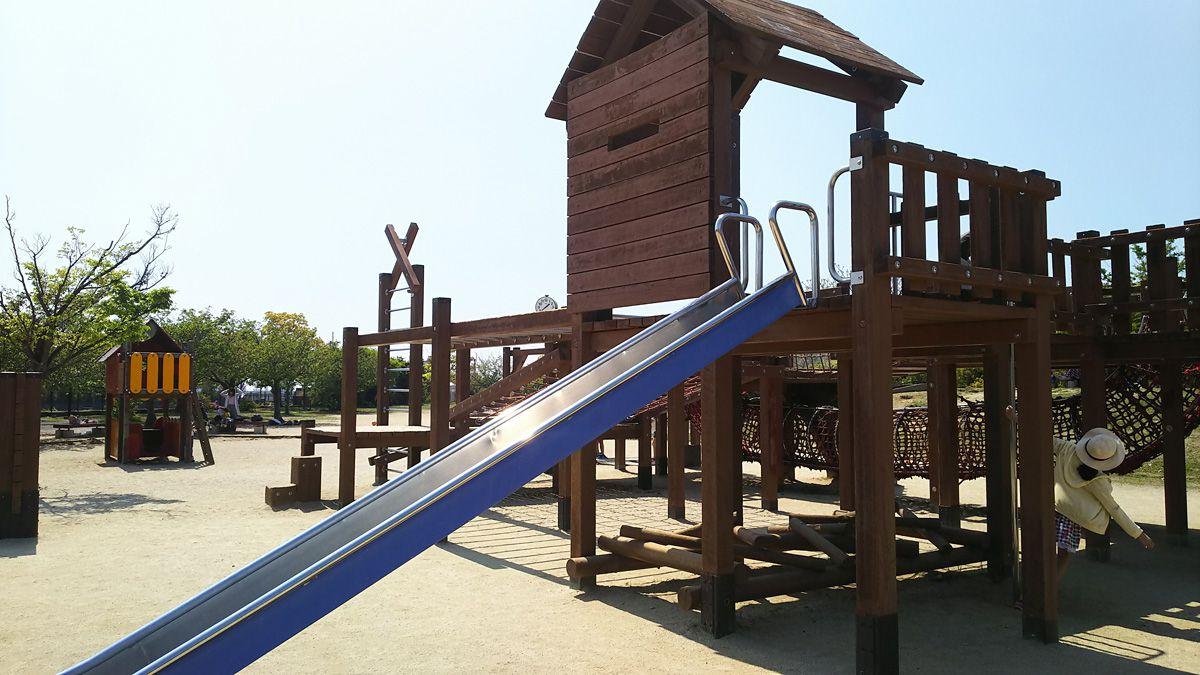 南江戸公園 大型コンビネーション遊具 すべり台等