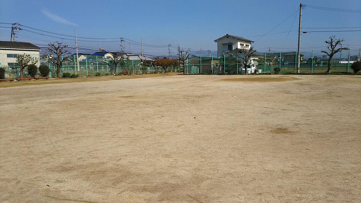 奥土居公園 グラウンド