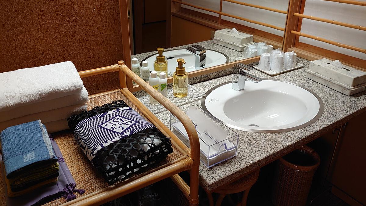 大和屋別荘 山吹・鳳仙花 洗面所